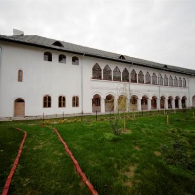 Sfânta Mănăstire Mamu